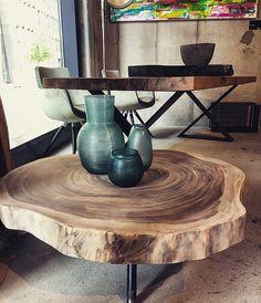 couchtisch holztisch massiv auf ma baumscheibentisch wohnzimmertisch naturholzplatte. Black Bedroom Furniture Sets. Home Design Ideas