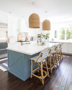 2020 Summer Home Tour Best White Paint, White Paint Colors, White Exterior Houses, White Houses, Coastal Inspired Kitchens, Before After Home, White Kitchen Cabinets, Kitchen Island, Kitchen Backsplash
