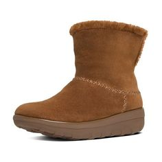 FitFlop Mukluk Shorty Ii Suede Boots ($150) ❤ liked on Polyvore featuring shoes, boots, chestnut, mukluk boots, fitflop shoes, foldable boots, suede fold over boots and transparent boots
