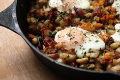 Baked Eggs with Potato & Bacon Hash; add more bacon, shorten time in ...