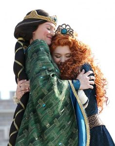 Disney official welcomes Merida into the Disney Princess Royal Court!Exciting news out of Disney Parks today as Merida, from BRAVE, was officially crowned Disney Parks Blog, Walt Disney World, Disney Dream, Disney Love, Disney Disney, Disney Stuff, Disney Nerd, Disney Magic, Official Disney Princesses