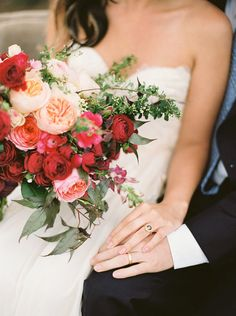 Featuring warm and welcoming mulberry and rose tones, this romantic shoot by film photographer JEN RODRIGUEZ with styling by A LOVELY CREATIVE is full of ideas for a beautiful autumn wedding. Asha Renew of WILDER FLORAL CO. curated deliberate details of d