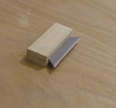 These simple instructions will teach you how to make a cabinet scraper for more comfort and ease opposed to only using a blade. Wood Tools, Diy Tools, Plane Tool, Make Your Own, How To Make, Diy Cabinets, Wood Carving, Wood Projects, Woodworking Projects