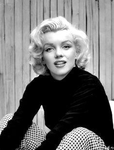 """Marilyn Monroe photographed by Alfred Eisenstaedt, 1953. """