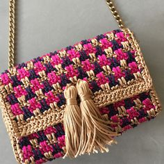 Crochet Rope, Diy Crochet, Art Bag, Crochet Handbags, Knitted Bags, Crochet Fashion, Handmade Bags, Crochet Clothes, Chanel Boy Bag