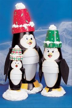 penguin, how to make a penguin, christmas craft ideas.  Definitely making these!!
