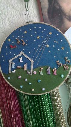 Christmas Crafts, Xmas, Christmas Ornaments, Christmas Tree, All Holidays, Button Art, Needlework, Cross Stitch, Seasons