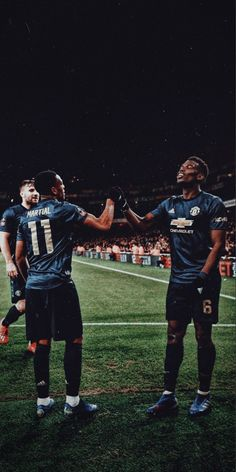 Best Football Players, Football Is Life, Soccer Players, Manchester United Old Trafford, Manchester United Players, Jesse Lingard, Manchester City Wallpaper, Soccer Photography, Anthony Martial