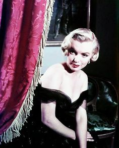Marilyn Monroe at the Del Mar Hotel, Santa Monica photographed by John Florea 1951.