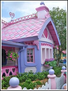 Lolita Dream Houses: egl This is cute! Minnie Mouse Victorian, yet another style of Painted Ladies! Pink Houses, Dream Houses, Houses Houses, Fairytale House, Wendy House, Cute House, House Colors, My Dream Home, Girls Bedroom