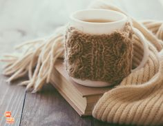 Hot tea for colds and flu: is it actually effective? Sleep Tea, Good Night Sleep, Tea Before Bed, Organic Loose Leaf Tea, Retro Color, Cozy Living, Color Pallets, Warm Colors, Natural Colors