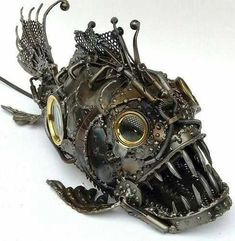 steampunk fish or submarine? Chat Steampunk, Steampunk Kunst, Style Steampunk, Steampunk Gadgets, Steampunk Design, Steampunk Fashion, Gothic Fashion, Emo Fashion, Gothic Steampunk