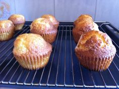 Paso 8 Muffin, Breakfast, Food, Olive Oil, Fairy Cakes, Morning Coffee, Essen, Muffins, Meals