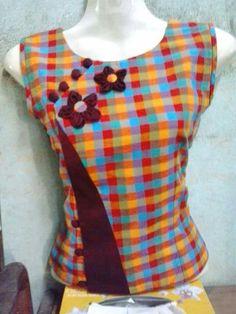 Diva Fashion, Fashion 2018, Women's Fashion Dresses, Boho Fashion, Neck Designs For Suits, Dress Neck Designs, Blouse Designs, Myanmar Traditional Dress, Traditional Dresses