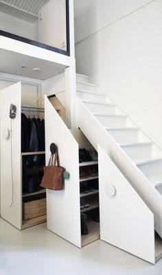 Under stair furniture with oversizes knobs! Small House Interior Design, Loft Staircase, Staircase Makeover, Basement Stairs, Staircase Design, Staircases, Stair Storage, Storage Drawers, Storage Spaces