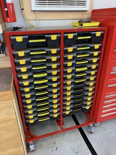 The Garage Shop Workshop – Awesome Ideas! Garage Tool Storage, Garage Tool Organization, Workshop Storage, Workshop Organization, Home Workshop, Garage Tools, Garage Shop, Garage Workshop, Storage Bins