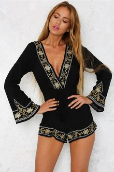 The Walk The Line Playsuit is a loose-fit design with a plunging V-neck. It has full-length sleeves and an elasticated waist with a drawstring tie. Sexy Outfits, Trendy Outfits, Cool Outfits, Fashion Outfits, Womens Fashion, Black Playsuit, Skinny Girls, Blonde Beauty, Sexy Shorts