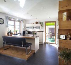 Familien Küchen Cocina Office, Salzburg, Corner Desk, Interior Design, Furniture, Home Decor, Islands, Apartment Kitchen, Families