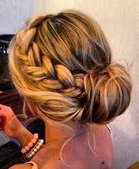 Znalezione obrazy dla zapytania fryzura na wesele warkocze