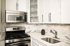 Te contamos cómo puedes potenciar tu cocina aunque sea pequeña para ganar en espacio y capacidad para almacenar.