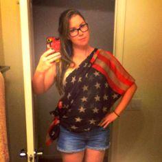 How I wear my Bayabelle flag scarf! #America #bayabelle #boutique