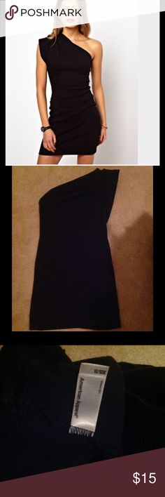 American Apparel One Sleeve Dress One sleeve dress in navy.  It's a thicker material, more like a sweatshirt material.  I generally wear a 4/6 and this fits like that.  Check out my other listings to bundle and save.  I will always sell for less on Ⓜ️️️️️️ercari. American Apparel Dresses Mini