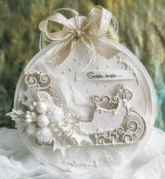 DIY Sleigh Bauble Ornament Inspiration