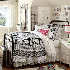 Quinn Iron Bed #potterybarnteenon   Quenn on sale for $719