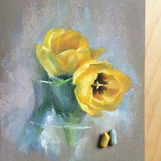 С праздником, девочки! Счастья, Любви и весеннего настроения! #пастель #цветыпастелью #рисуюпастелью #цветы #тюльпаны #softpastel #softpastels #flowers #tulips #8марта