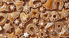 Homemade christmas cookies on wooden table 64238 Christmas Cookies Gift, Christmas Cookie Cutters, Christmas Gingerbread, Christmas Treats, Christmas Baking, Gingerbread Cookies, Homemade Christmas, Cut Out Cookies, No Bake Cookies