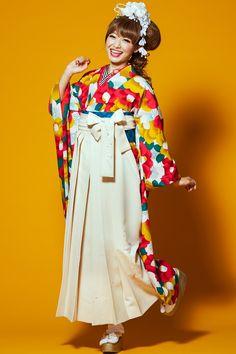 レトロ系袴 STYLEが大人気 卒業式の袴Styleは女の子の特別な1日!友達と差をつける!! オレンジ色