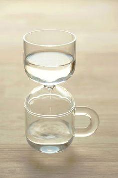 歯磨きタイムをしっかり管理する、水時計「3ミニッツカップ」