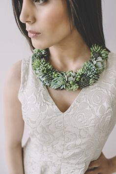 To combine her love of plants and fashion, McLeary started to make succulent jewelry.