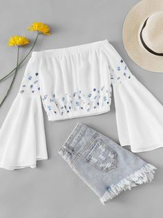 Cute Comfy Outfits, Cute Girl Outfits, Pretty Outfits, Stylish Outfits, Girls Fashion Clothes, Teen Fashion Outfits, Trendy Fashion, Vetement Fashion, Crop Top Outfits
