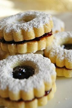 Tentar non nuoce: Biscotti buoni e semplici Italian Cookie Recipes, Italian Cookies, Italian Desserts, Biscotti Biscuits, Biscotti Cookies, Italian Pastries, Sweet Pastries, Christmas Biscuits, Cake Recipes