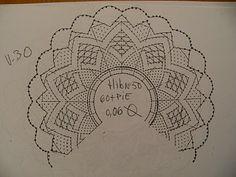A Lover Bobbin Lace: Bobbin Lace Fan Torchon style