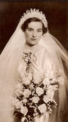 carolathhabsburg:  Lady Alice Montagu Douglas Scott on her wedding day, 1935.