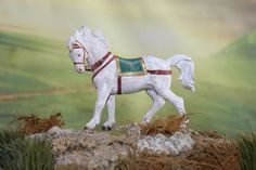 Scaled for the Nativity Display. This Horse is Part and was first issued in This Animal is in Nice Condition and comes with the Fontanini Box & Story Card. The box is in good shape but has a crease down 1 side. Fontanini Nativity, Shiloh, Italy, Horses, Display, Shapes, Nice, Box, Cards