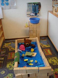 bad en wastafel maken in de bouwhoek