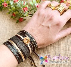 Handmade jewelry and more! Handmade Bracelets, Handmade Jewelry, Handmade Art, Black Gold, Bangles, Bracelets, Handmade Jewellery, Jewellery Making, Diy Jewelry