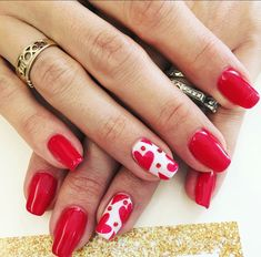 Learn how to make valentine`s day nail art and design ❤ It is not hard to create manicure for valentine's day with our easy step-by-step tutorial ❤ Check out our gallery with more than 100+ images for your inspired ❤ Our easy video tutorial help you to draw a heart nail designs at home ❤ See more at LadyLife.