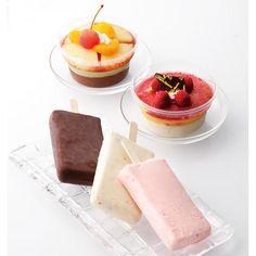ショコラティエ 白岩忠志氏のチョコレートと選び抜いた素材でつくるアイスパフェ「クープグラッセ」と、「アイスバー」のセットです。