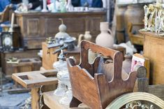 Shop 824 miles of sales at the Historic National Road Yard Sale, aka the US or Route 40 Yard Sale. The route runs from Baltimore to St. Thrift Store Shopping, Thrift Store Finds, National Road, Old Dressers, Country Style, Decorative Items, Helpful Hints, Thrifting, Garage