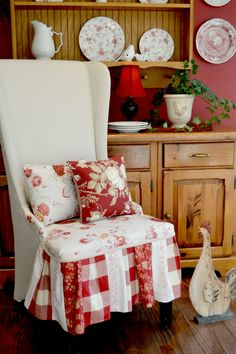 Custom Upholstered Chair - Easy DIY by Exquisitely Unremarkable