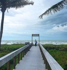 Pedicures overlooking the ocean!!  5 Fun Things to Do on Captiva Island and Sanibel Island in Florida