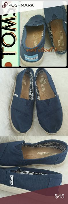 Toms Canvas Sneakers Toms Signature Shoes in Classic Navy Canvas! Known for Its Iconic One for One Cause for a Child in Need! Soft Padded Footbed for Added Comfort and Rubber Outsole! Stretch on Vamp with Stitching Details Throughout! Used in Mint Condition! Size Youth 3 TOMS Shoes Sneakers