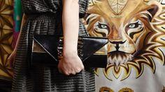 #cortimilano #bag #clutch #luxury #madeinitaly  #emmina #t #scarf #foulard #lion