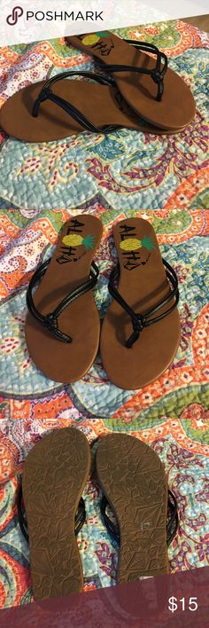 Volcom flip flops size 7 Cute volcom flip flops size 7 only wore once. In perfect condition. Volcom Shoes Sandals