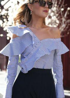 Assymetrical shirt with ruffles