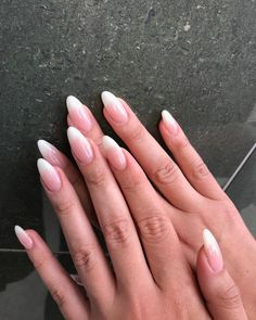 The advantage of the gel is that it allows you to enjoy your French manicure for a long time. There are four different ways to make a French manicure on gel nails. The choice depends on the experience of the nail stylist… Continue Reading → Almond Nail Art, Almond Acrylic Nails, Best Acrylic Nails, Almond Nails French, Long Almond Nails, Natural Almond Nails, French Fade Nails, Faded Nails, Grunge Nails